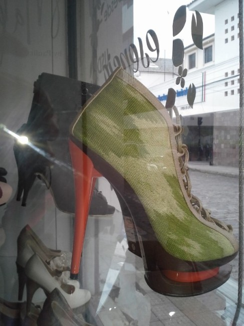 Camoflage boots